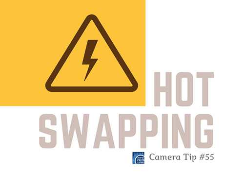 Hot swapping a camera lens